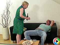 Younger man with a big cock gives his mature mother in law a good fuck from behind